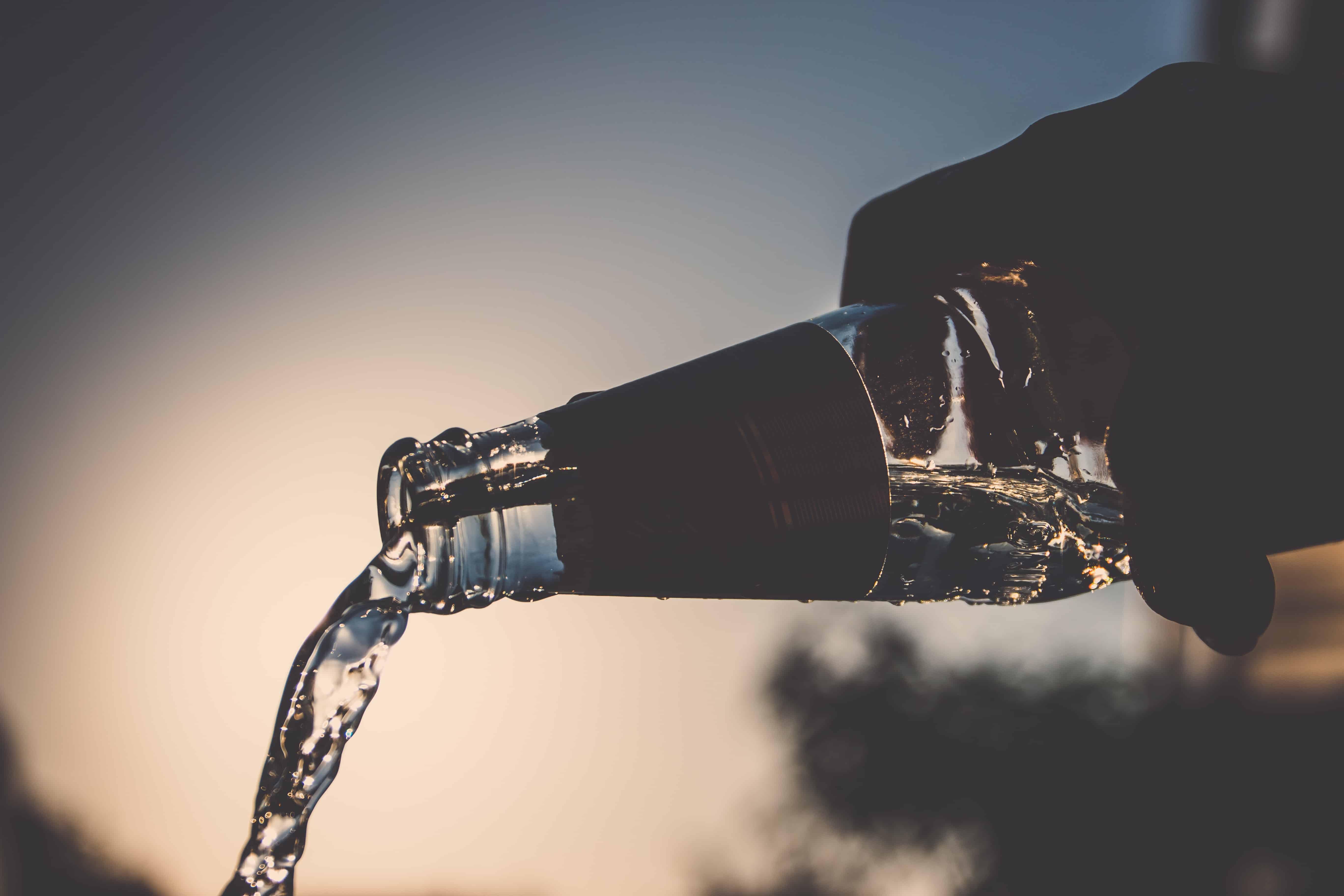 Milionário sem milhões - Ian Borges - água